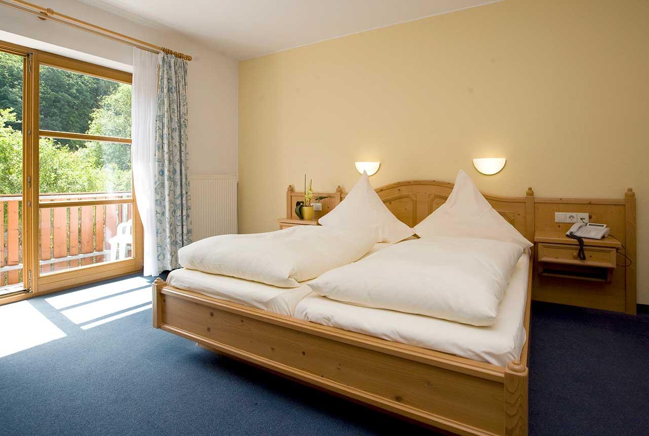 Hotel und Restaurant Pfeifertal Restaurant Zimmer